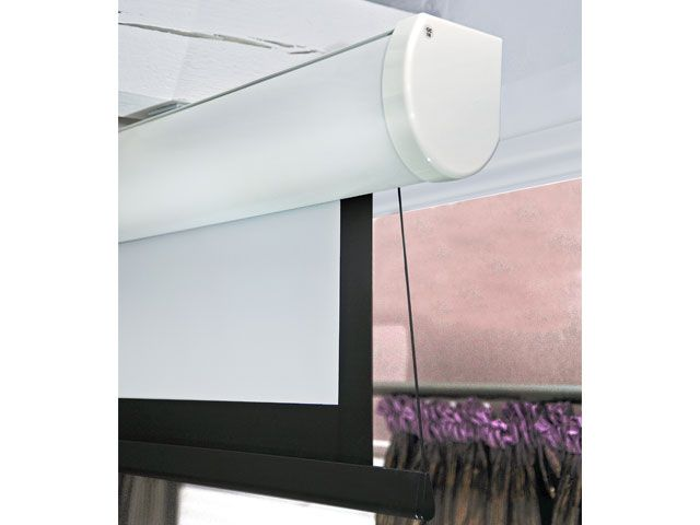 elektrisch fernbedienbare leinwand f r beamer projektoren cmb systeme. Black Bedroom Furniture Sets. Home Design Ideas
